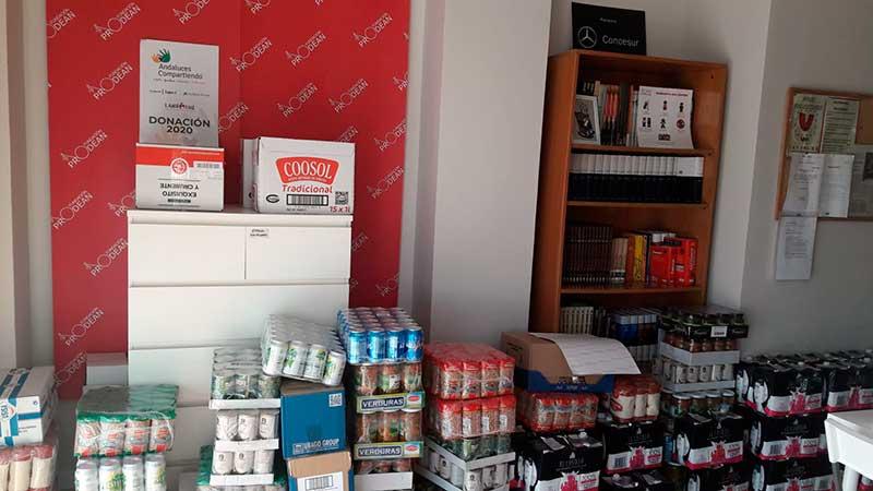 Entrega de alimentos de Andaluces Compartiendo a Fundacion Prodean 1