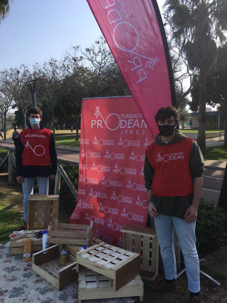 Yoga-Fundacion-Prodean-Jerez-recogida-alimentos-solidaridad